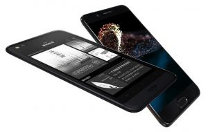 yota 3 plus released yotaphone